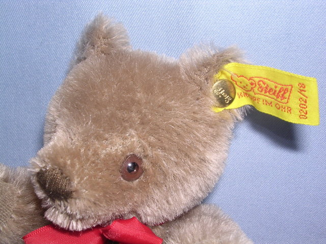 STEIFF ORIGINAL TEDDY CARAMEL 7 INCH BEAR 0202/18 EAR BUTTON AND TAG