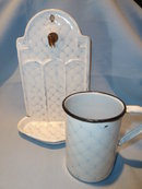 ANTIQUE CHICKEN WIRE GRANITEWARE GRANITE HANGING SOAP DISH AND CUP SET