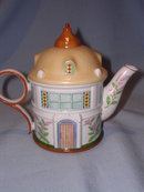 LENOX CHINA  ENGLISH GARDEN COLLECTION  WATERING CAN GARDENER'S COTTAGE TEAPOT TEA POT