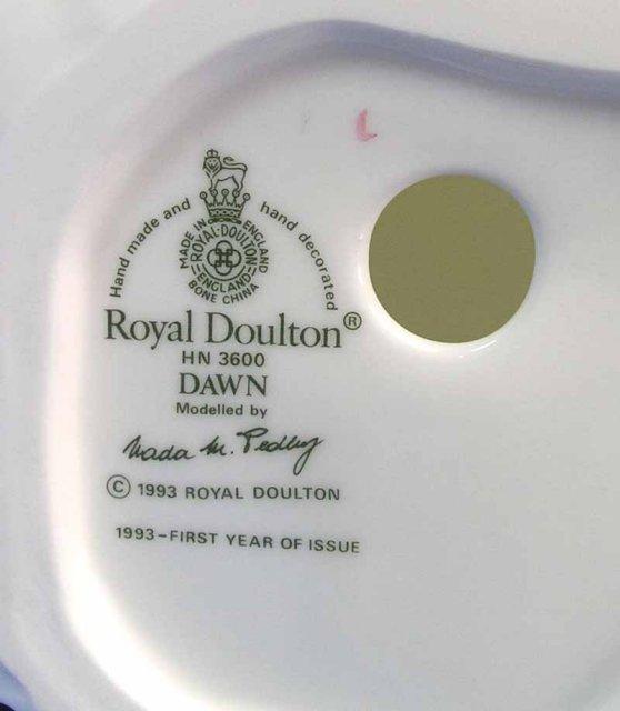 1993 Royal Doulton DAWN Figurine HN 3600 FIRST YR ISSUE