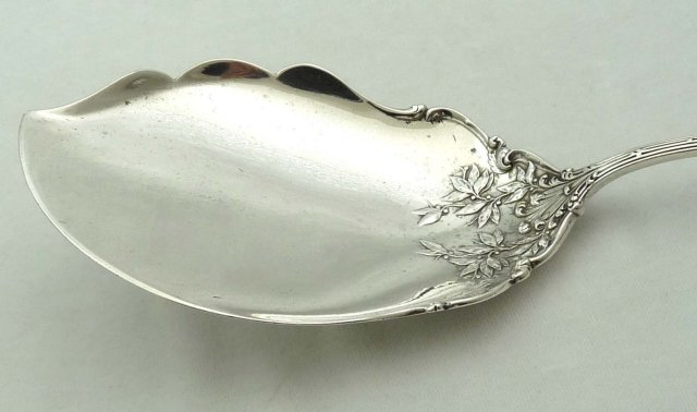 Durgin Sterling Silver MADAME ROYALE Ice Cream Server