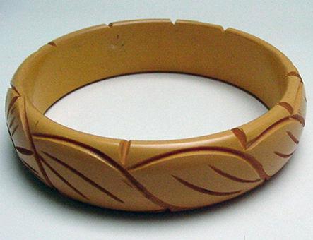 Bakelite Taffy Colored Carved Bangle