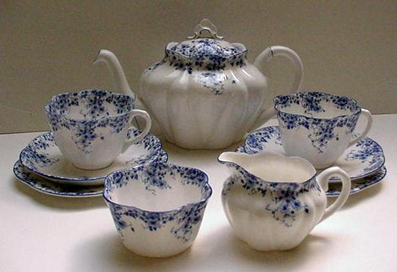 Shelley Bone China Dainty Tea For Two with