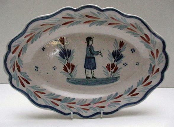 Lovely Oval Quimper Serving Platter