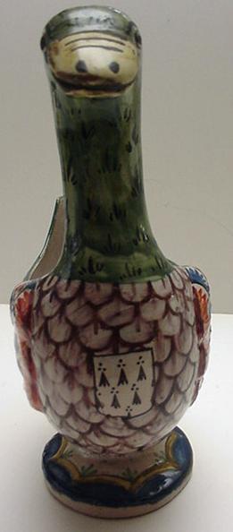 Quimper: Grand Maison Goose Vase