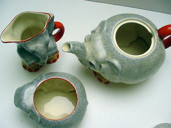 Royal Venton Children's Elephant Tea Set