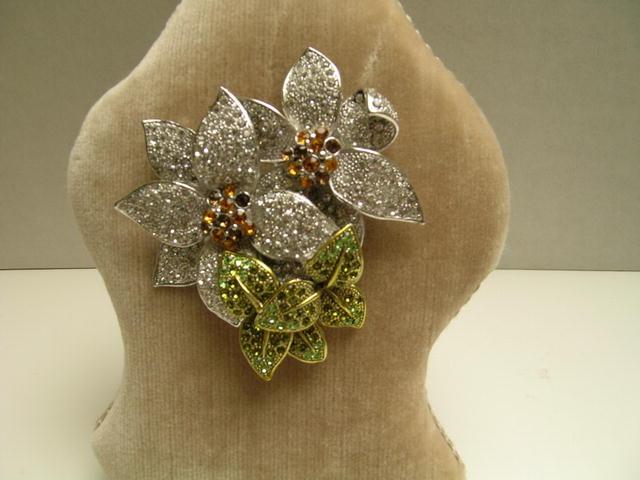 Dynamite Crystal Flower Brooch