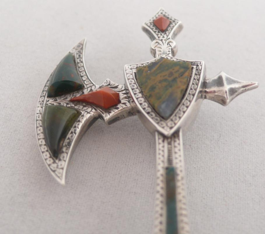 Victorian Scottish Agate Axe Brooch