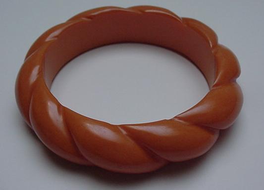 Bakelite Butterscotch Twisted Bangle
