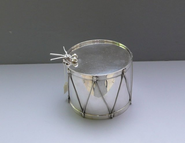 Victorian Silver Plate Drum Biscuit Box