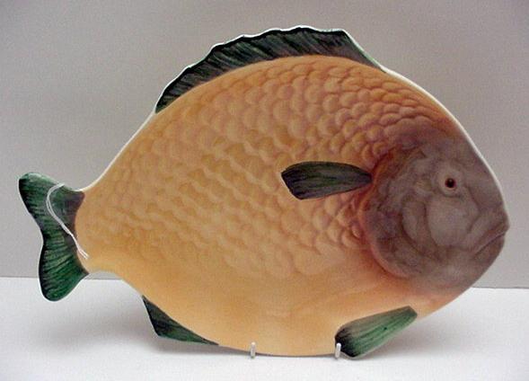 Shorter Vintage  English Fish Set