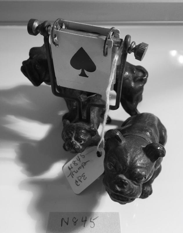 Rare Bulldog FamilyTrump Markers