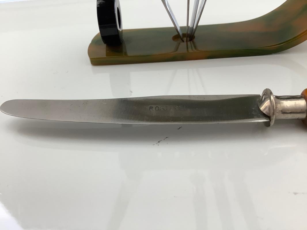 Bakelite Deco Fruit Knives