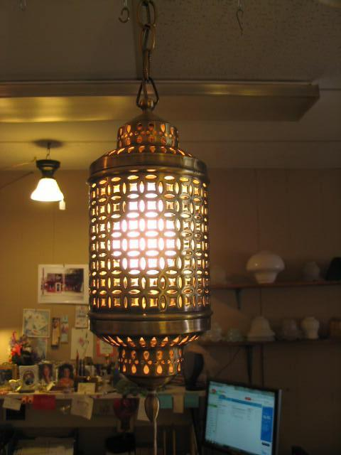 Single Light Hanging Fixture #490