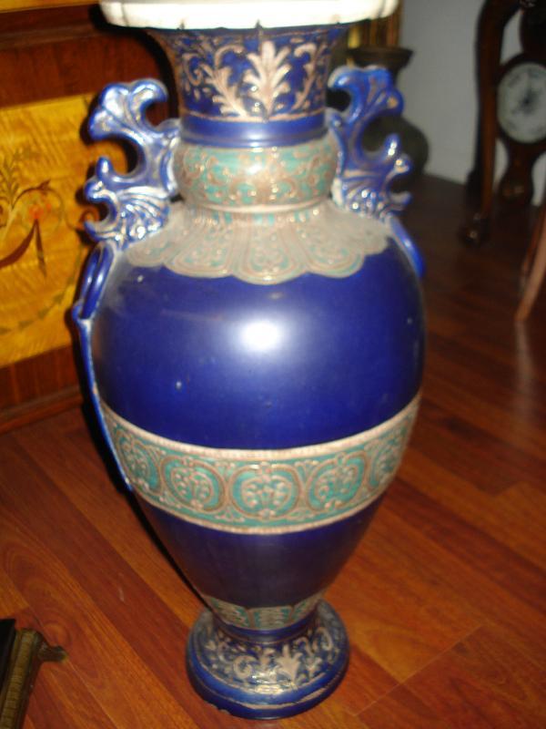 Large Nineteenth Century Highly Figured Japanese Satsuma Vase In Cobalt