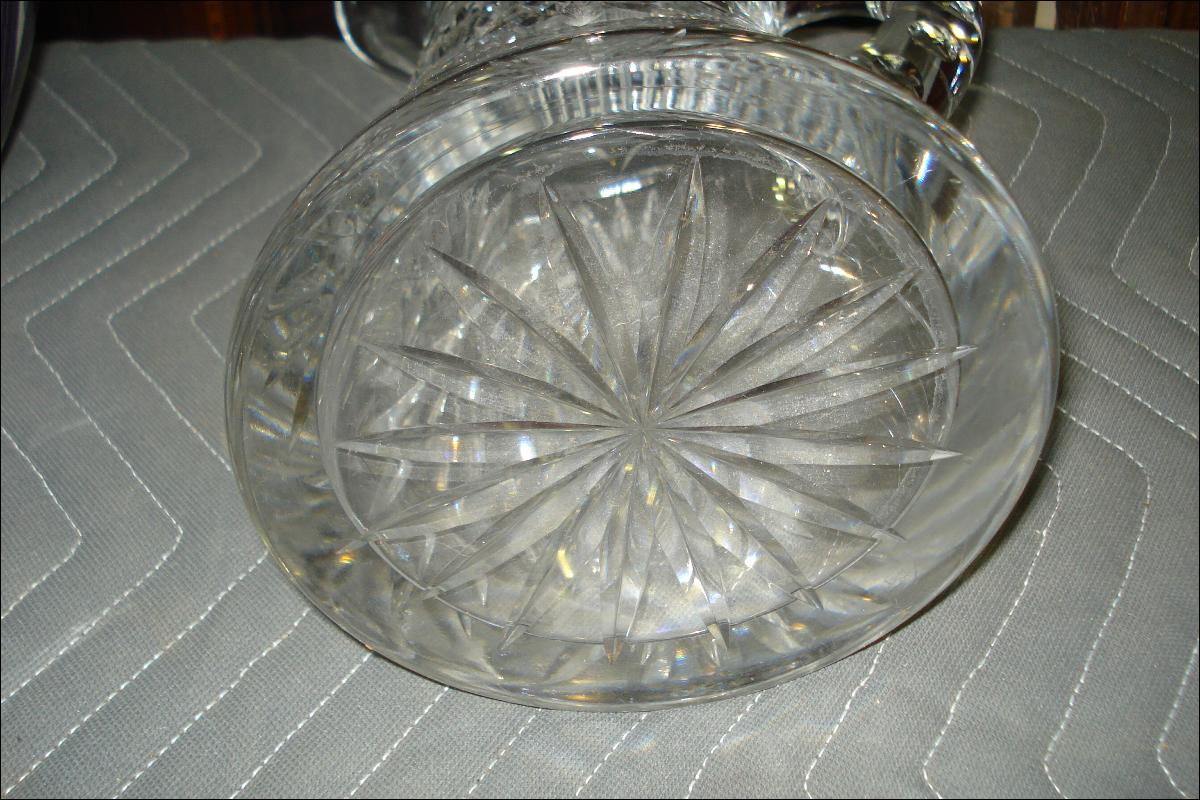 American Heavy Cut Glass Vase, Brilliant Period, Early Twentieth Century