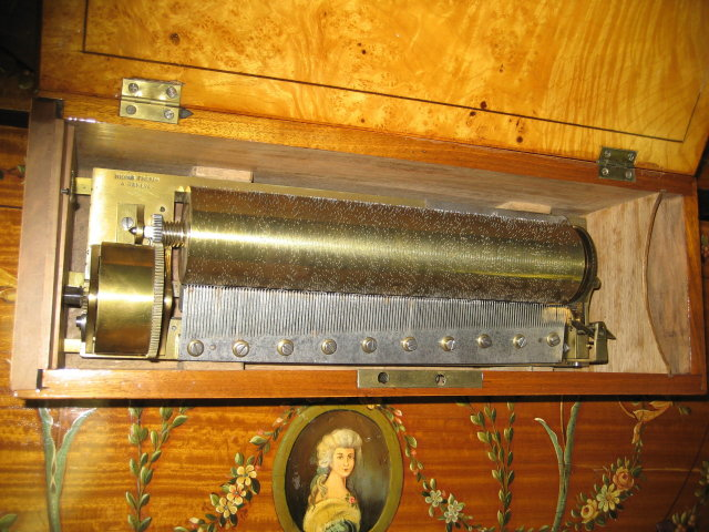 Rare 19th Century Swiss Eight Tune  Key Wind Music Box by Nicole Freres, Geneve, Circa 1840