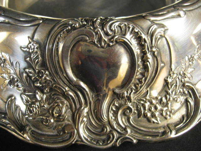 Tiffany & Co. Makers Sterling Silver Centerpiece Bowl Circa Late Nineteenth to Early Twentieth Century