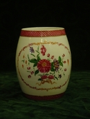 Large 18th. cent. Chinese Export Famille Rose Cider Mug