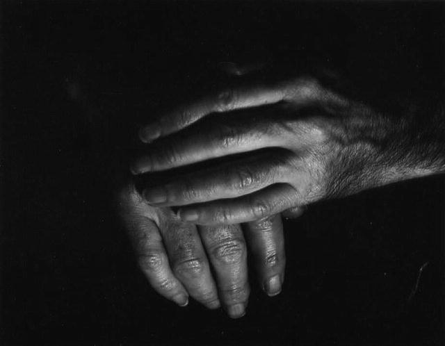 Nata Piaskowski: Hands