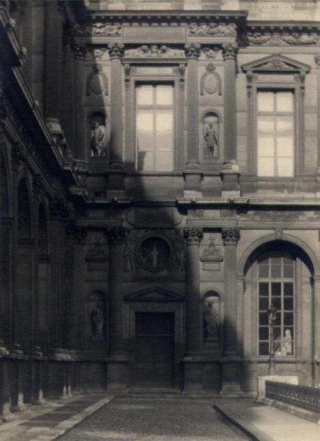 William C. Odiorne: courtyard facade, Paris