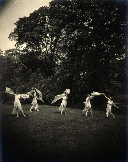 Maurice Goldberg: untitled (young women in classical dress in nature) 8