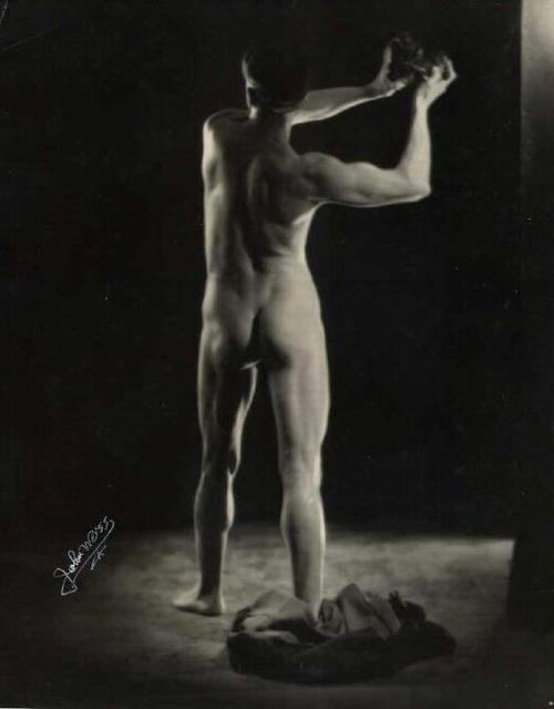 untitled (male nude from the rear)