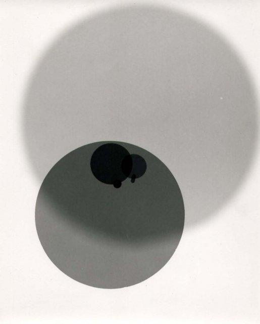 George Hoxie: untitled photogram (circles)