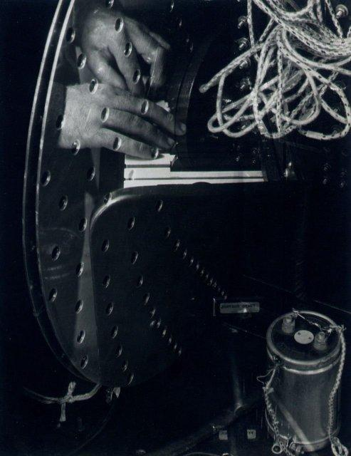 Imogen Cunningham: Hands of Henry Cowell and Rhythmicon about 1932
