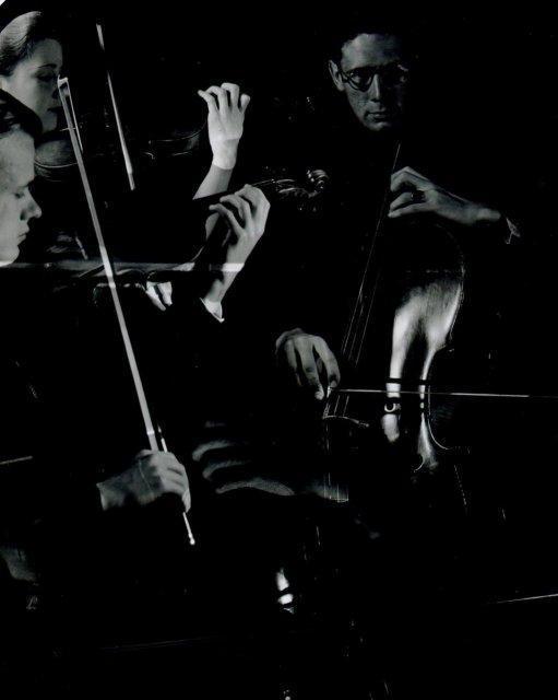 Imogen Cunningham: Cornish School Trio