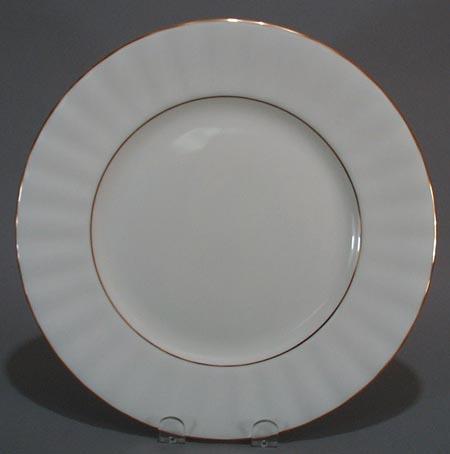 Gorham Grand Manor Gold Dinner Plate.