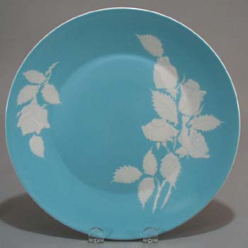 Harmony House Cameo Rose Dinner Plate in blue and white