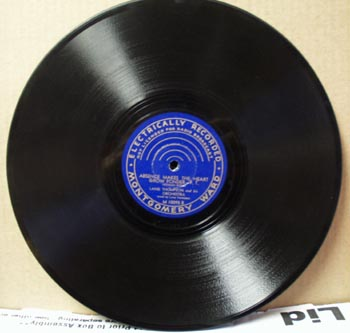 Montgomery Ward 78 rpm Absence makes the heart grow fonder