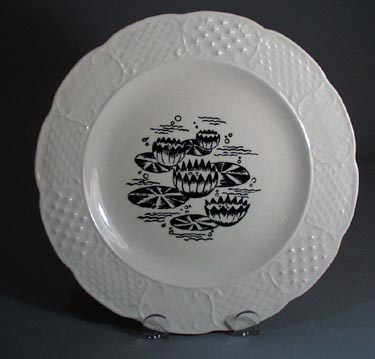 Water Lily Luncheon Plate