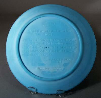 Fenton 1970 Christmas Plate, lt blue,