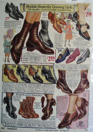 Montgomery Ward Shoes For Growing Girls Ad 1925