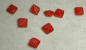 Sweetheart buttons, set of 8 red
