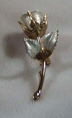 Gold Tone Rose Bud Pin