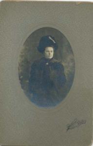 Baron Studios photo of a young girl , wealthy fur/coat type scene