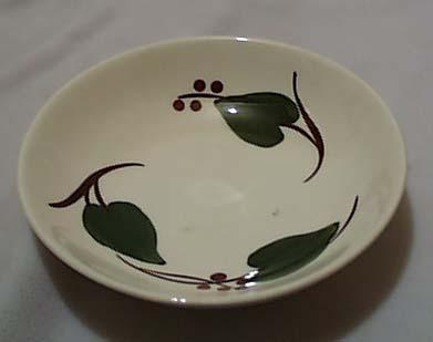 Blue Ridge Stanhome Ivy Fruit bowl