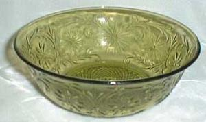 Indiana Glass Daisy Vegtable Bowl in Green