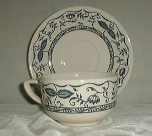 Royal Doorn cup & saucer