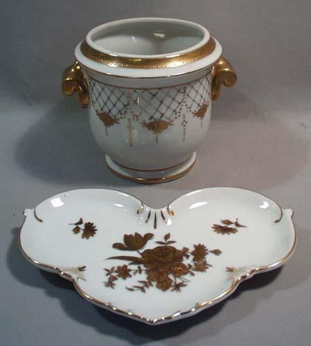 Gold encrusted porcelain bathroom decorative porcelains