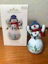 New! Hallmark Louie D. Lightly~#4 Snowtop Lodge~2008 Christmas Ornament
