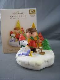 Hallmark A Charlie Brown Christmas Tree-Sound &light 2006 ornament