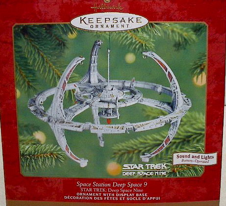 2001 HALLMARK STAR TREK DEEP SPACE 9 STATION DS9 Christmas Ornament