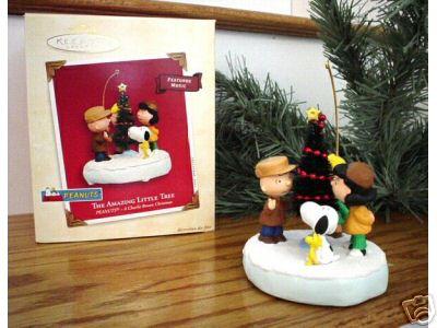 PEANUTS Amazing Tree Hallmark 2003 Musical Ornament