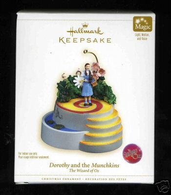 Hallmark 2006 Dorothy and the Munchkins Wizard of Oz MAGIC Ornament