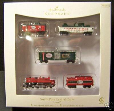 Hallmark 2007~Lionel NORTH POLE CENTRAL TRAIN~5 Piece~Ornaments