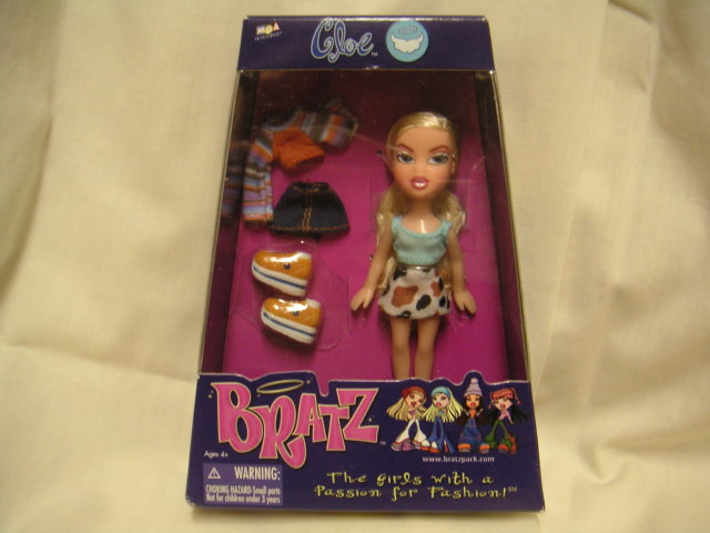 BRATZ~Mini CLOE Doll + Clothes~Mint